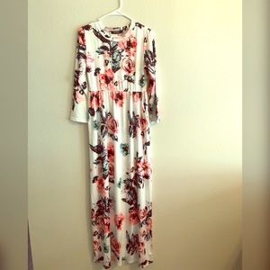 White long sleeve flower dress